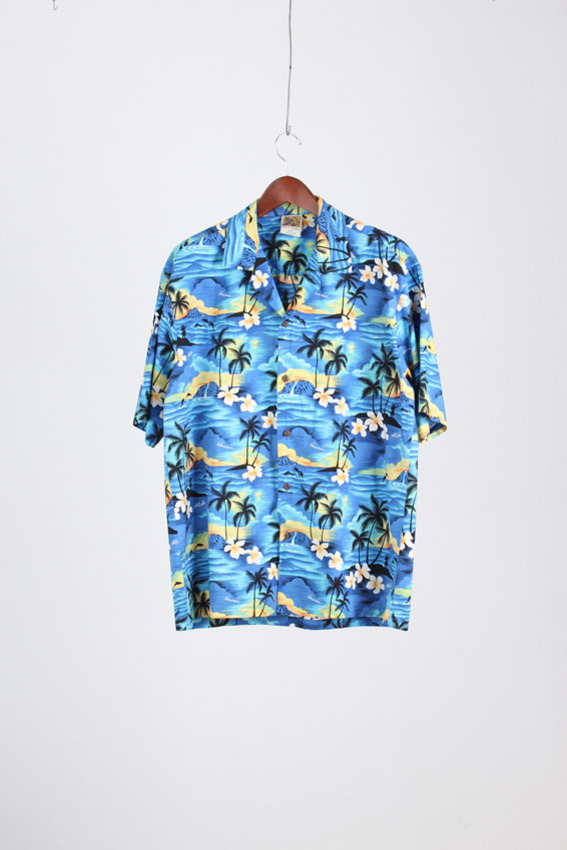 Winnie Fashion Aloha Shirt (2XL)