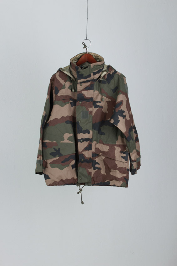 dead stock french army gore-tex jk (s)