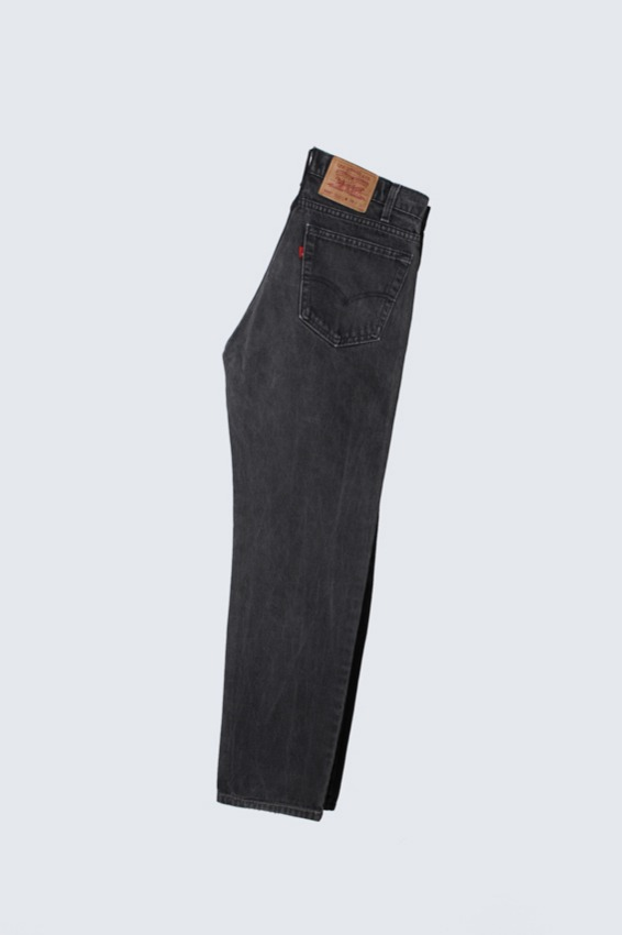90s Levis 505 Black Denim Pants (34X32)