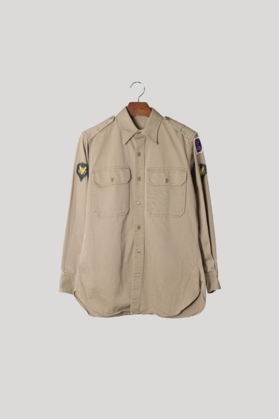 40s US Army Officer Shirt (15x32)